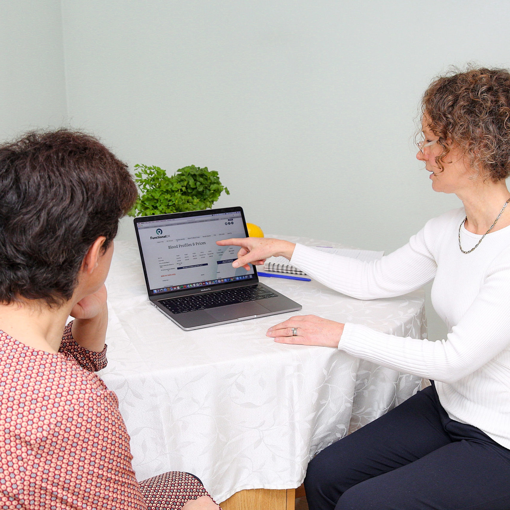 Nutrition advice for pain and digestive health in Cambridge, Perthshire and online